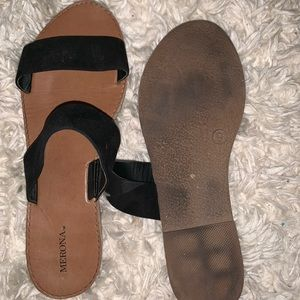Merona Shoes - FLAT BLACK SANDALS FROM TARGET SIZE9
